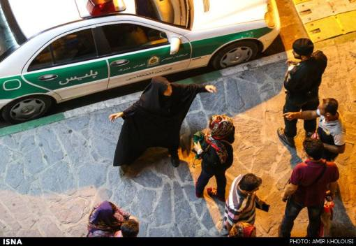 Teheran - Moralpolizei in Aktion